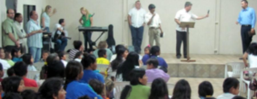 Caiuás em Amambai ganham novo templo