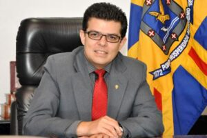 Um evangélico comanda a prefeitura da Capital
