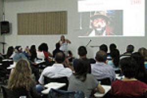 SBSM: Primeira aula do curso de Palhaçaria